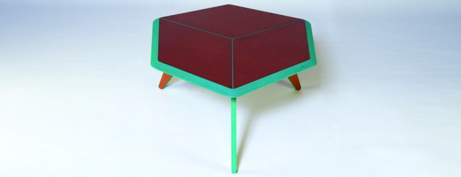 LOW CUBIC TABLE BLUE FRONT ALIX WELTER